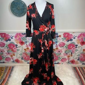 French Atmosphere Black Red Floral Long Sleeve Vneck Maxi Dress Size Medium